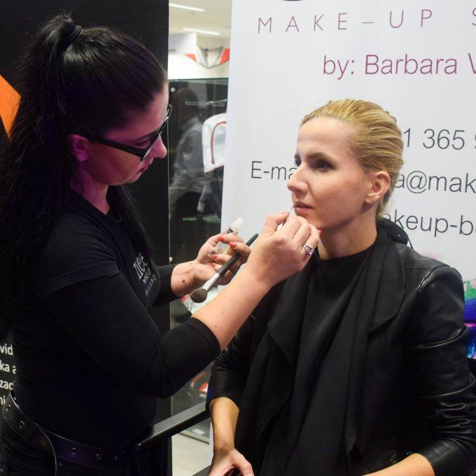 Nee Makeup Slovenija - ličenje s profesionalno vizažistko Barbaro Visket
