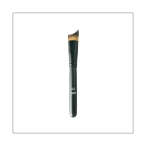 high-definition-foundation-brush-40